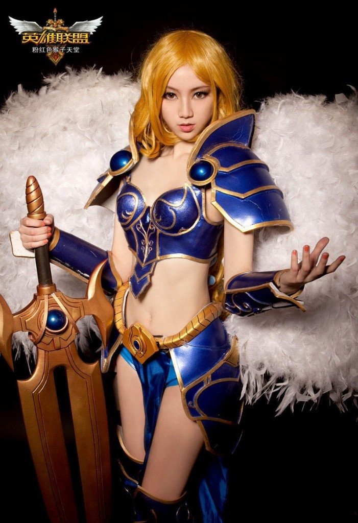 sexy-cosplay-of-kayle-the-judicator-of-league-of-legends-4-_1200
