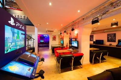 bar gaming 1