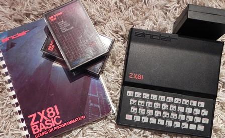 Le sinclair ZX81, son manuel et des cassettes